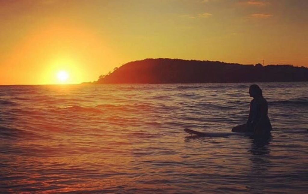 SURFING_SUNSET_ERRANT